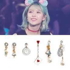 PINKROCKET STORYBOOK SERIES EARRING [VER. ALICE]